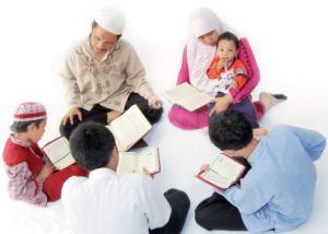 Orang-tua-mendidik-anak