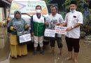 SIT Usamah Serahkan 300 Paket Makan untuk Warga Terdampak Banjir